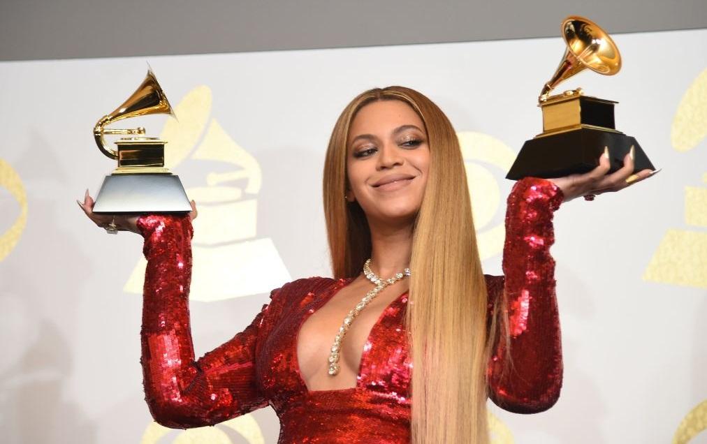 Grammys, neuf nominations, notamment pour son titreBlack Parade