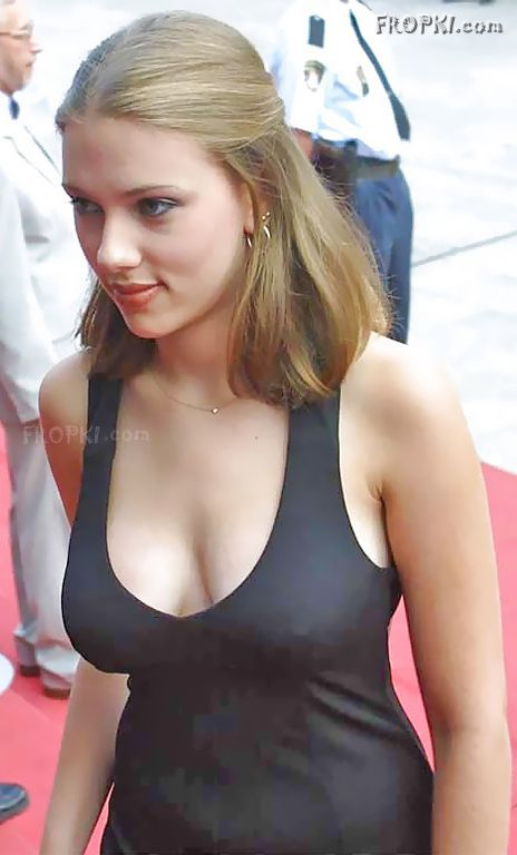 Scarlett JOHANSSON - VIP Crossing