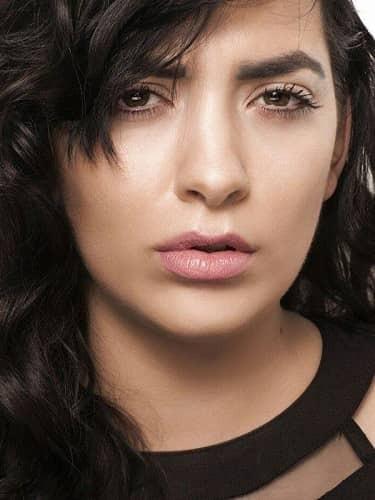 VIP Crossing - profil Thitia Marquez