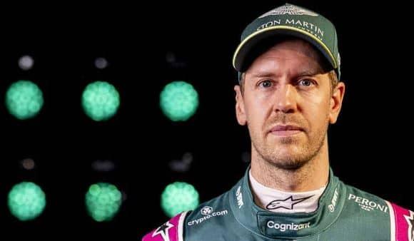 Sebastian Vettel disqualifié suite à l'incapacité de prélever le litre d'essence dans son Aston Martin