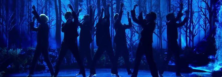 """""""Black Swan"""" de BTS présenté dans l'émission """"The Late Late Show"""""""
