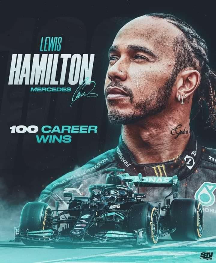 VIP Crossing - Lewis HAMILTON